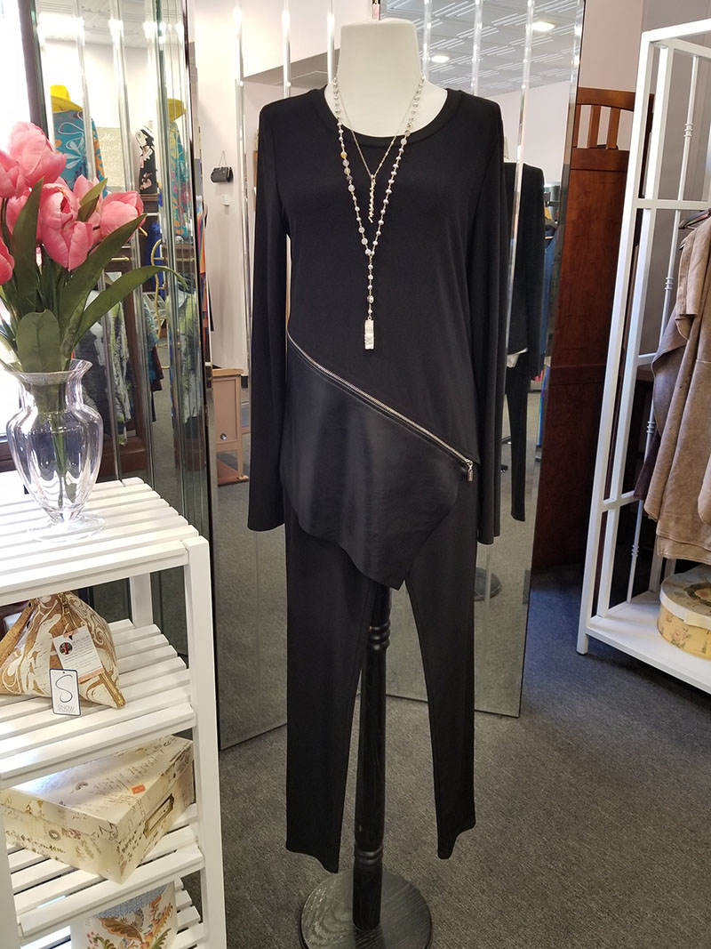 Mannequin Outfit Display
